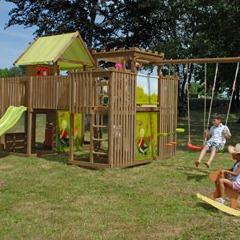 station de jeux de plein air en pin pour enfant 4 agr s. Black Bedroom Furniture Sets. Home Design Ideas