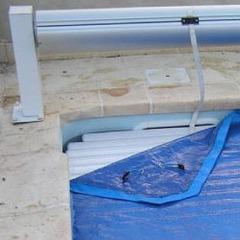 nova plus la couverture de protection pour volet piscine center net. Black Bedroom Furniture Sets. Home Design Ideas
