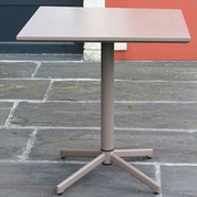 Table plateau basculant taupe Fun 70x70